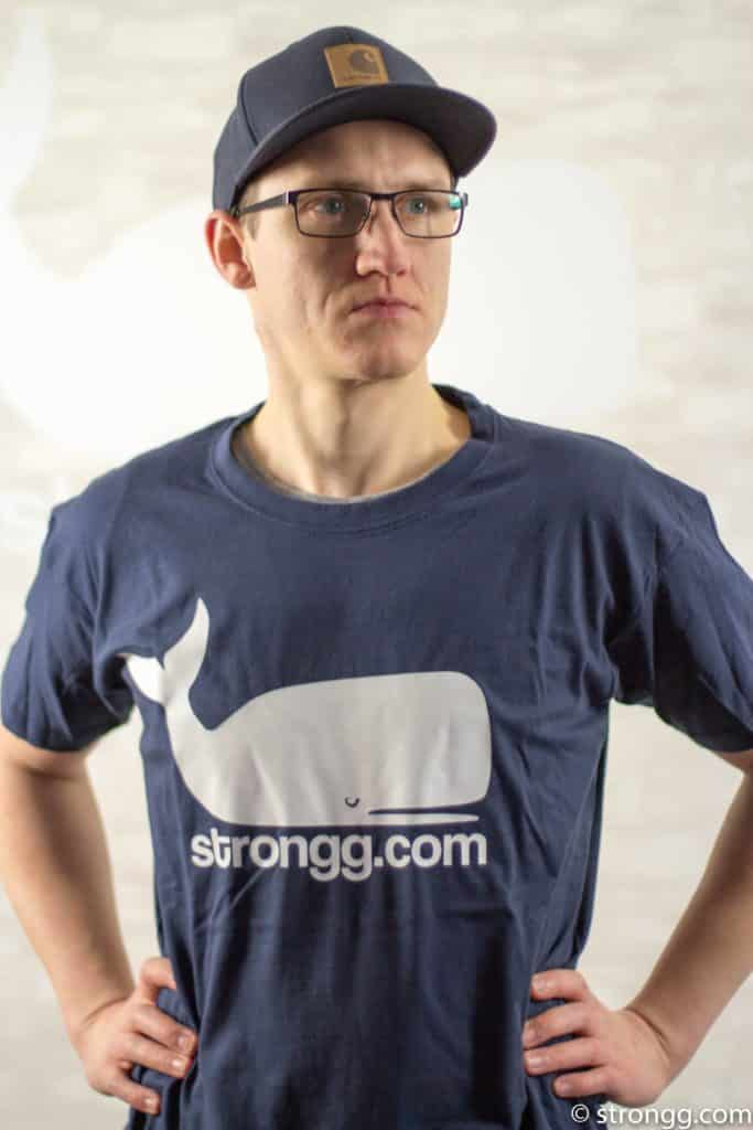 Strongg Wal T-Shirt