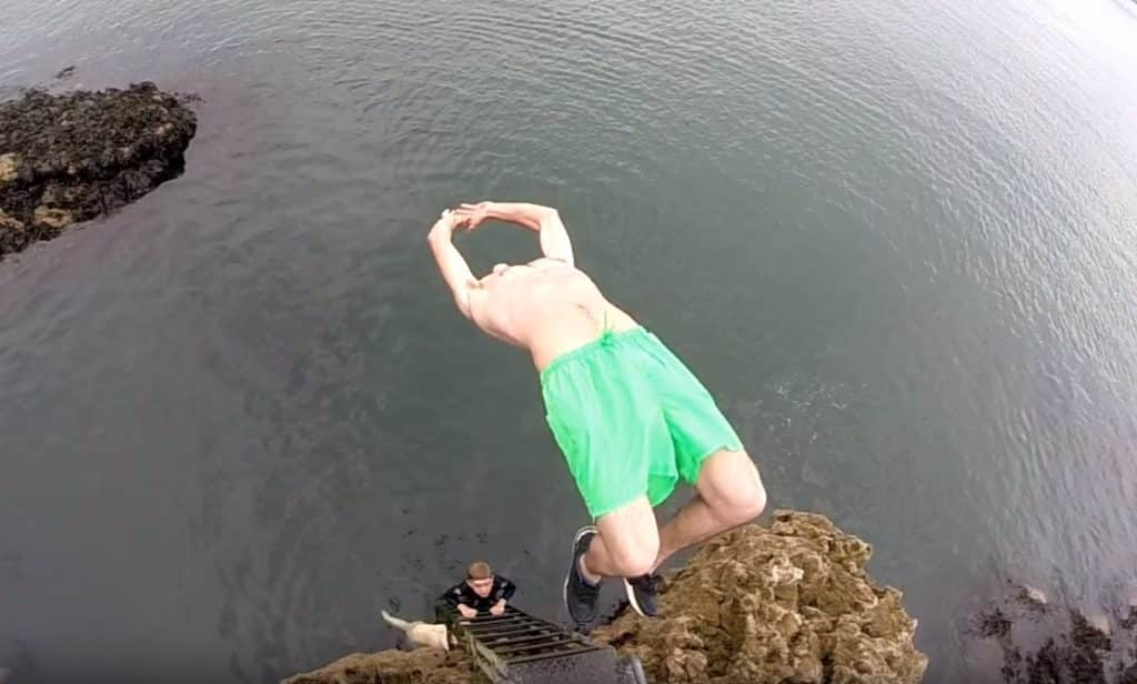 Tombstoning