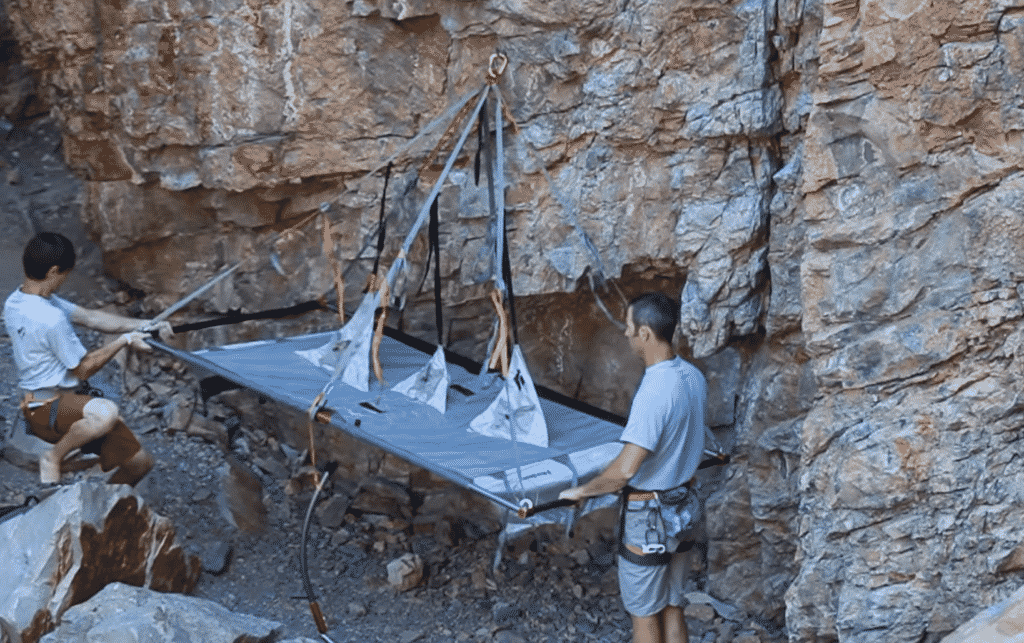 Cliff Camping mit dem Black Diamont Portaledge