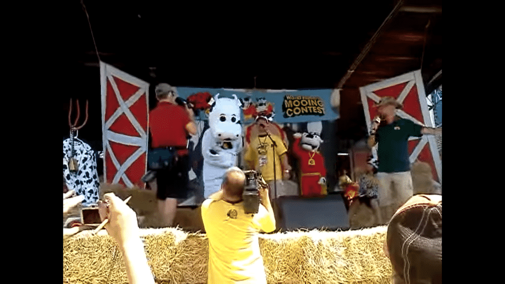 Wisconsin Mooing Contest