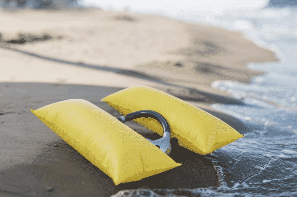 Rettungshilfe für Schwimmer und Wassersportler
