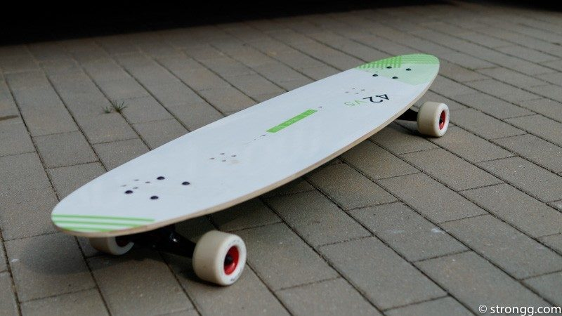 Recycling: Longboard aus Kiteboard