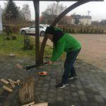 Holz hacken als Fitness Training