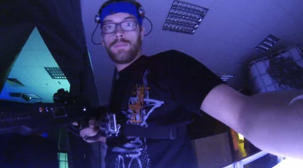 Laser Tag, Deckung suchen!