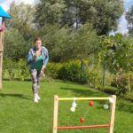 Leitergolf kann drinnen und draußen gespielt werden