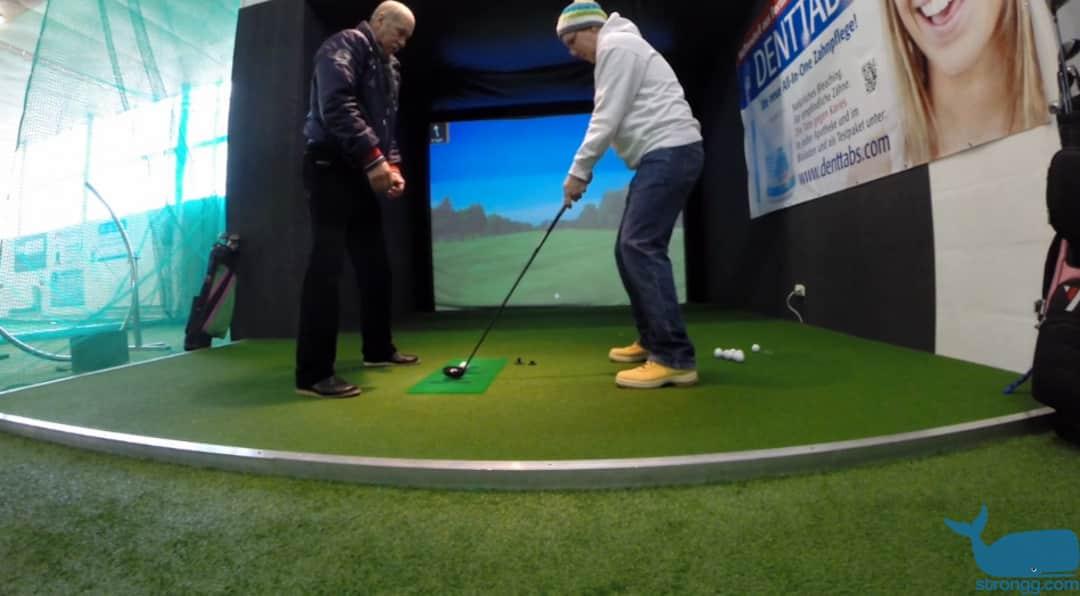 Indoor Golf bei Schnee und Regen
