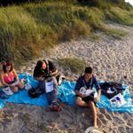 Ukulele lernen am Strand